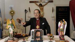 """Obispo Manuel Acuña: """"El que sufre una posesión sabe que algo malo le pasa"""""""
