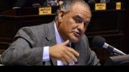"""Juan Carlos Juárez: """"el gobernador Scioli no tiene ninguna obligación de aceptarles la renuncia"""""""