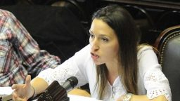 """Mayra Mendoza: """"Lo vivimos con una inmensa alegría, como militantes políticos y como argentinos"""""""