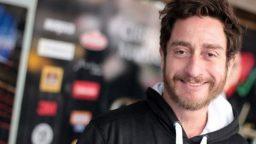 Alejandro Paker: Si no quedaba en Cabaret me iba del país