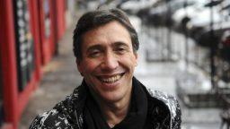 """Fabián Gianola: """"El teatro siempre me dio un valor fundamental y superior"""""""