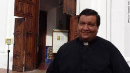 """Fabián Báez: """"Bergoglio es el Papa de la globalización y la comunicación"""""""